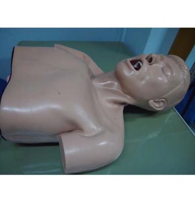 หุ่นการฝึกใส่ท่อช่วยหายใจผู้ใหญ่